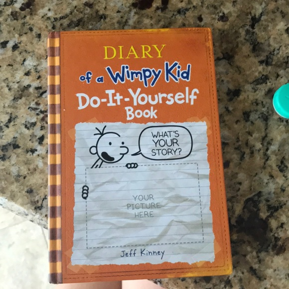 Other diary of a wimpy kid do it yourself poshmark diary of a wimpy kid do it yourself solutioingenieria Gallery